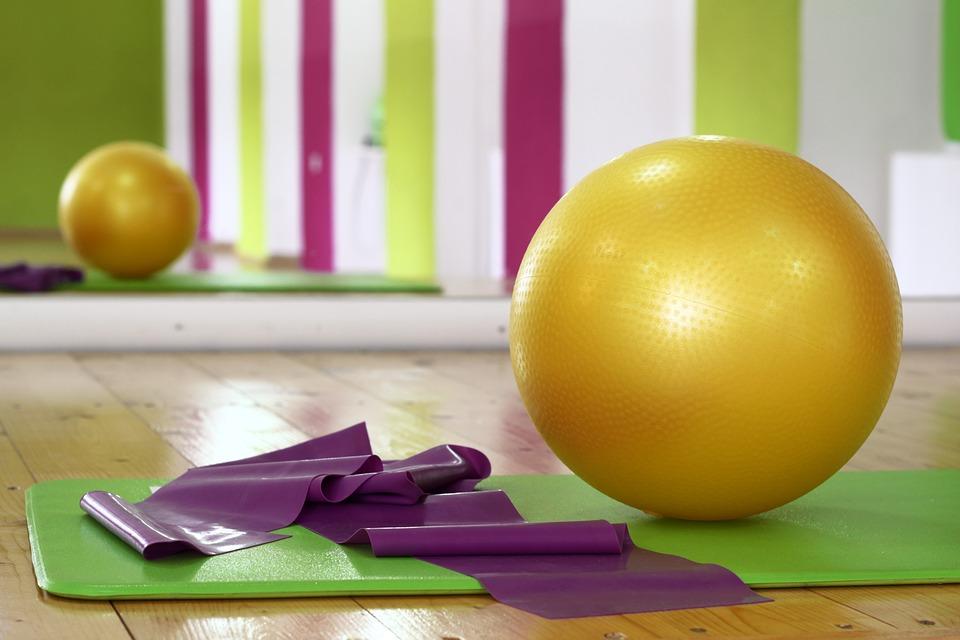 Yogalates Advert